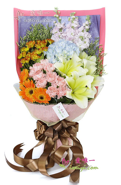 The bouquet of flowers « I like the subtle feeling »